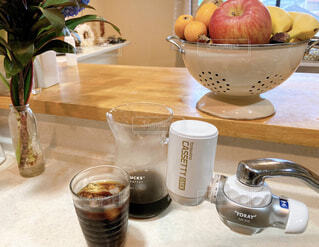 食べ物,コーヒー,朝食,果物,食器,カップ,朝,ドリンク,水出しコーヒー,コーヒー カップ,ソフトド リンク,浄水器,浄水