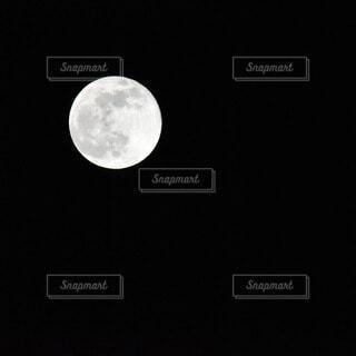 自然,風景,空,夜空,月,満月,真っ黒,漆黒