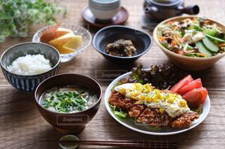 栄養バランスの良い和食の写真・画像素材[4463152]