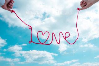 凧を飛ばす人の写真・画像素材[4465157]