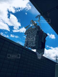 青空と洗濯物の写真・画像素材[4463050]