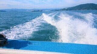 船上から眺める海、水しぶきの写真・画像素材[4464386]