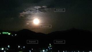 自然,風景,空,夜,夜空,暗い,月,月夜,月明かり