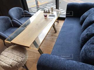 リビング,屋内,部屋,椅子,テーブル,床,ソファ,デザイン,コーヒー テーブル,スタジオソファ,ソファー・ベッド