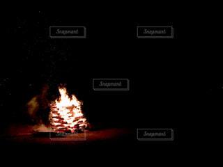 暗い,炎,暖炉,火