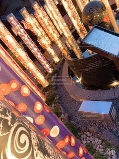 建物,冬,カップル,京都,綺麗,反射,イルミネーション,ライトアップ,高層ビル,嵐山,装飾,明るい,デート,電飾
