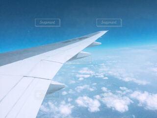 空,屋外,雲,綺麗,青空,青,空の上,飛行機,飛ぶ,旅行,旅,日本,ブルー,翼,窓際,空気,世界,フライト,旅客機,空の旅,航空,スカイ,日中