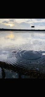 自然,風景,冬,屋外,湖,水,水面,景色,反射,朝焼け,朝,波紋,水溜り,雨上がり,冷凍