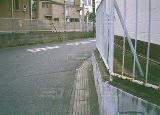 屋外,フェンス,フィルムカメラ,エモい