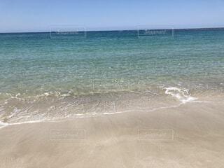 自然,海,空,夏,屋外,砂,ビーチ,青,透明,海辺,水面,海岸,日中
