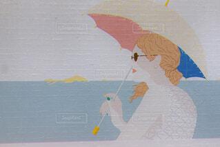 女性,海,サングラス,アート,日傘,地図,漫画,テキスト,図面,子供の芸術