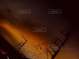 空,屋外,太陽,雲,夕暮れ,明るい,電信柱