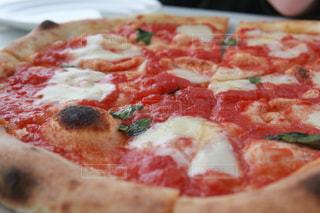 マルゲリータピザの写真・画像素材[1015048]