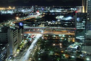 夜の都市の写真・画像素材[2716314]