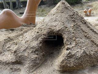 屋外,砂,トンネル,地面,砂遊び,砂場,砂山