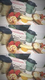 食べ物,朝食,ランチ,屋内,いちご,デザート,メニュー,ピクニック,オシャレ,食器,キャンプ,breakfast,菓子,エッグベネディクト,ファストフード,スナック,酪農,ペストリー