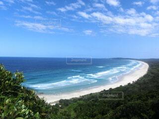 山から見る海の写真・画像素材[4473528]