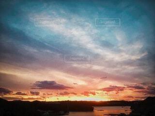 真珠湾の夕暮れの写真・画像素材[4664744]
