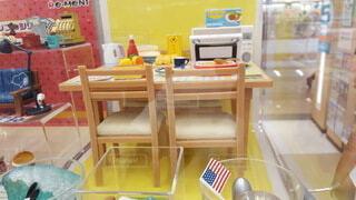 屋内,ミニチュア,椅子,テーブル,棚,家具