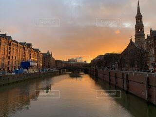 風景,空,建物,屋外,湖,雲,夕暮れ,川,水面,都会,旅行
