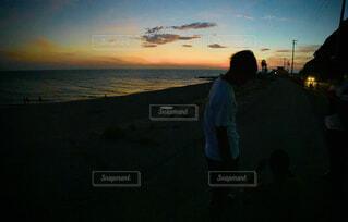 風景,空,屋外,太陽,ビーチ,雲,夕暮れ,水面,人物,人