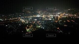 空,夜,夜景,屋外,街,都会,高層ビル,明るい