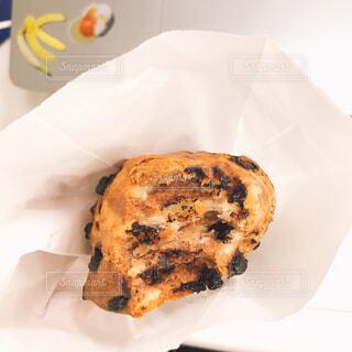 食べ物,白,パン,デザート,スコーン,パン屋,朝ごはん,おいしい,チョコ,菓子,紙,ファストフード,スナック,物