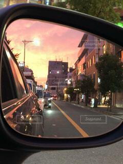 空,屋外,車,窓,反射,都会,ミラー,通り,頭,車両,イメージ,オブジェクト,自動車部品,参照,陸上車両