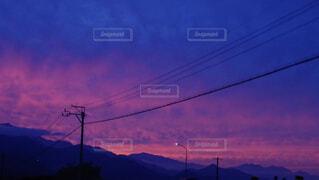 空,夕日,屋外,雲,山,明るい