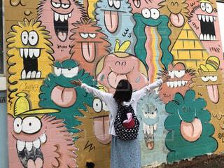 女性,楽しい,人物,人,旅行,ハワイ,happy,モンスター,壁画