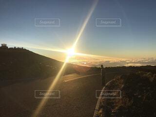 山上の夕暮れの写真・画像素材[4544009]