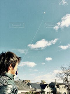 空,屋外,雲,人物,人,お正月,新年,凧,凧上げ,限界,凧糸