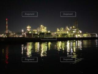 海,夜景,屋外,ボート,工場,海上