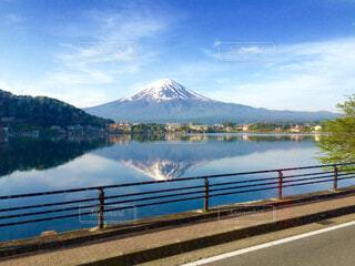 風景,空,富士山,屋外,湖,雲,晴れ,水面,世界遺産,山,逆さ富士