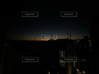 空,建物,夜,屋外,暗い,家,高層ビル,点灯,#夜景 #夕日 #陽落ち #綺麗