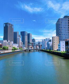 風景,建物,夏,屋外,大阪,雲,青空,川,水面,都市,タワー,都会,高層ビル,中之島,ダウンタウン