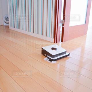 建物,リビング,屋内,床,木目,フローリング,床掃除,ブラーバ,お掃除ロボット