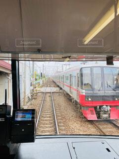 電車のすれ違いの写真・画像素材[4552074]