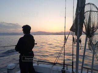 風景,空,屋外,湖,ボート,夕暮れ,船,水面,朝焼け,人物,人,釣り,山口,ヒラマサ,響灘,ヒラマサキャスティング