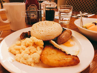 朝食,イギリス,ロンドン,ホテル,ブレックファースト,ヒースロー,Premier Inn,プレミアイン,thyme
