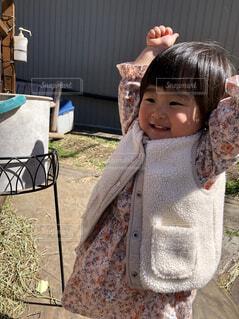 子ども,風景,人物,人,笑顔,赤ちゃん,幼児,のびのび,わーい,満面,人間の顔