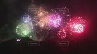 夏,夜空,屋外,きれい,花火,花火大会,はなび,打ち上げ花火,景観,夏の風物詩,多色