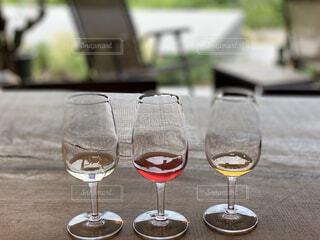 風景,空,赤,テーブル,食器,ワイン,グラス,カクテル,ドリンク,シャンパングラス,ワイングラス,メガネ,アルコール飲料,バー用の器物
