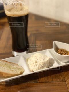 食べ物,朝食,パン,デザート,テーブル,皿,カップ,ドリンク,レシピ,ファストフード,スナック,飲料,酪農