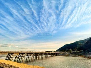 嵐山渡月橋と空の写真・画像素材[4505657]
