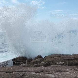 自然,海,屋外,ビーチ,波,水面,山,波しぶき