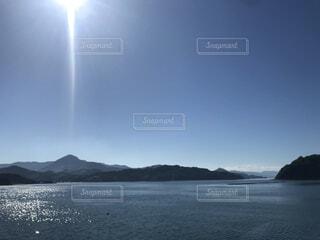 自然,海,空,屋外,湖,ビーチ,水面,山