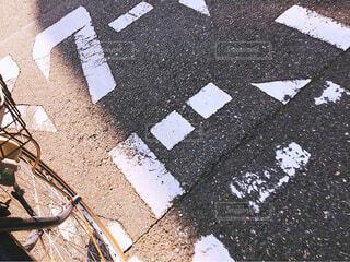 自転車,晴れ,夕暮れ,道路,夕方,学校,帰り道,通学路,スクールゾーン