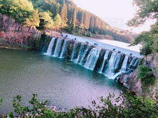 自然,風景,空,屋外,川,水面,池,山,滝,樹木,長い,120m,横幅