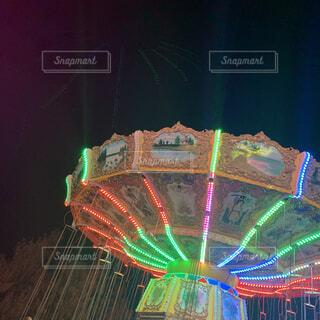 夜のテーマパークの写真・画像素材[4543305]